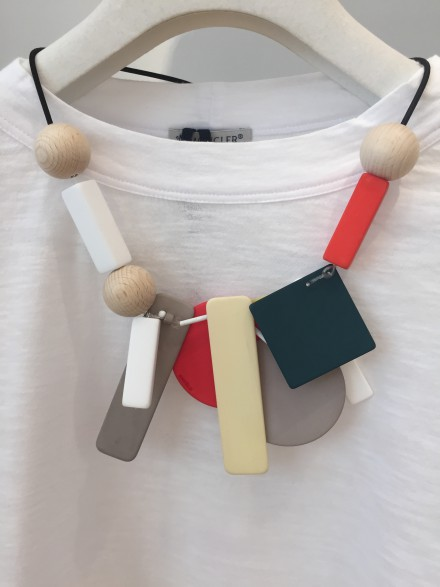 ENFOLD NECKLACE